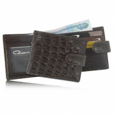 Мужской кошелек из кожи крокодила с хлястиком, цвет: шоколад