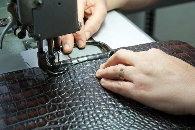 Individual manufacturing leather bags